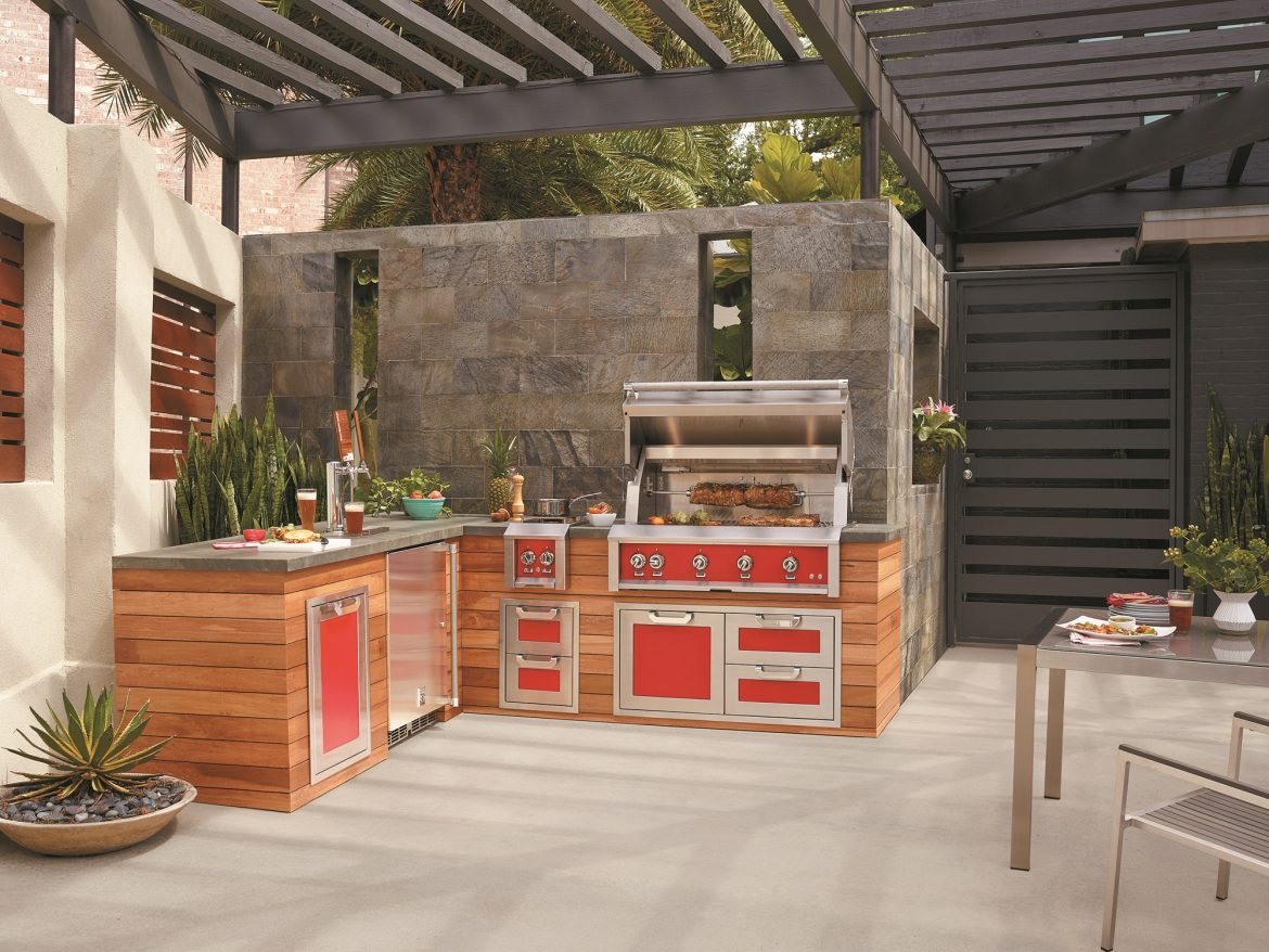 Bespoke Cabinets within the Outdoors