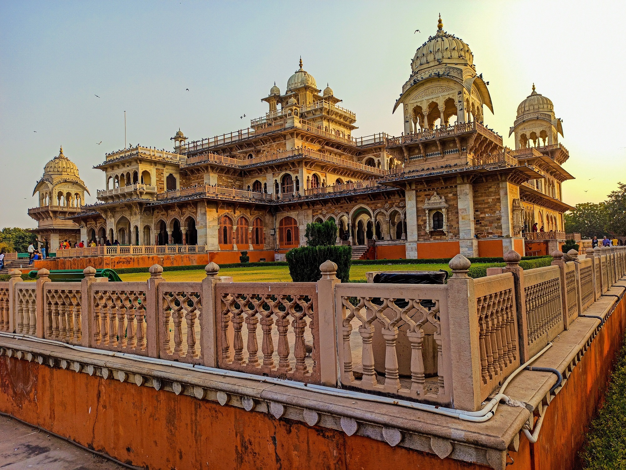 A Complete Travel Guide To Albert Hall Museum Jaipur, Rajasthan
