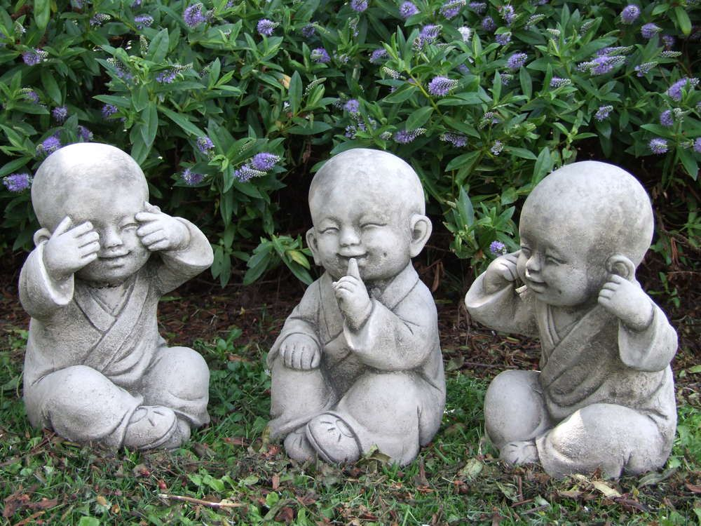 Garden ornaments- a great way to attract the attention of the people to your place